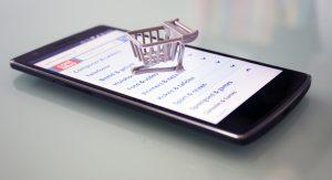Spesa con smartphone