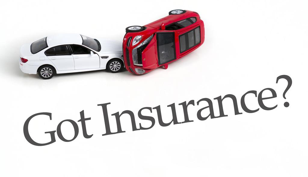 Costo medio assicurazione RC auto in calo