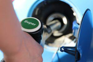 Costo benzina in aumento